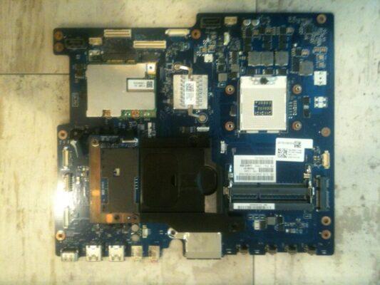 NEC電源入らない マザーボード交換