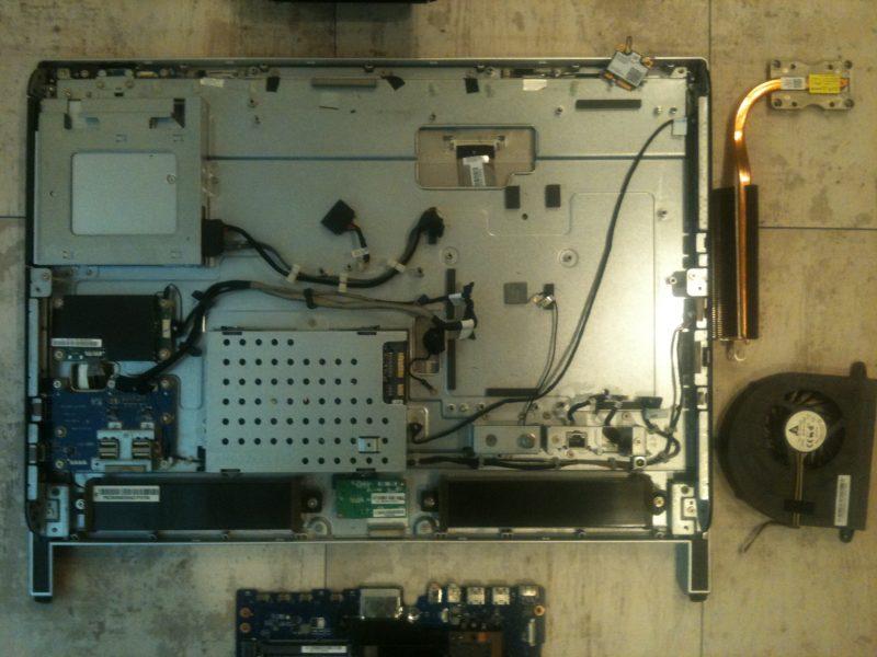 DELL修理dynabook修理マザーボード交換 港南区金沢区戸塚区の格安で安いパソコン修理