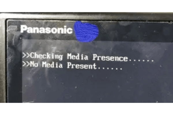 Lets-Note 起動しない BIOS エラー Cheking Media Presence No Media Present